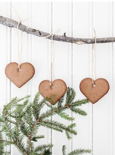 VÅRT HUS ÄR ETT RIKTIGT JULHUS: Ett julreportage i Drömhem & Trädgård 14/2015 - Helenas och hennes familjs mysiga hem i julskrud | Av Anna Truelsen, foto Carina Olander | Helenas Hem