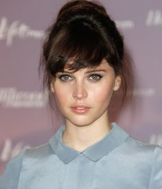 This is Felicity Jones? This looks exactly like my mom. I HAVE to find the picture and do a side by side comparison.