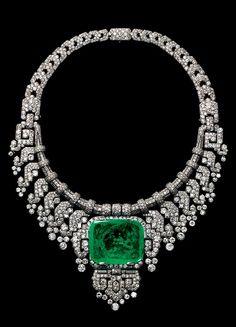 CARTIER.Luxury Royal Necklace in Platinum & Emeralds. Luxury #Emeralds #diamonds La Dolce Vita | Classy & Fabulous.