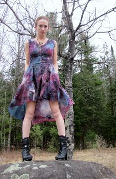 Make your own galaxy print dress!   http://www.craftster.org/forum/index.php?topic=406846.msg4796212#msg4796212