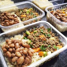 Marmita caseira que não engorda para congelar Health Lunches, Healthy Lunches For Work, Work Meals, Healthy Menu, Prepped Lunches, Healthy Dinner Recipes, Whole Food Recipes, Healthy Eating, Menu Dieta