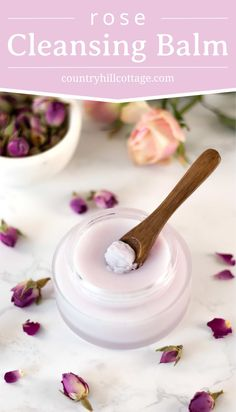 This natural DIY rose cleansing balm is a lovely way to pamper yourself at the end of the day. It pairs the aroma of fresh roses with a rich, silky consistency that will melt away even the most long-wearing makeup. Infused with the soft, floral fragrance Perfume Prada, Natural Beauty Tips, Natural Skin Care, Natural Beauty Products, Natural Oils, Natural Face, Natural Makeup, Diy Natural Beauty Routine, Homemade Beauty Products