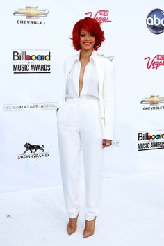 Rihanna has never looked as good as when she wore this sophisticated Max Azria-suit last year.
