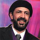 Juan Luis Guerra    Juan Luis Guerra Seijas (nacido el 7 de junio de 1957 en Santo Domingo), es un compositor, cantautor y productor musical dominicano. Sus 14 producciones (10 de ellas en estudio) han superado ventas de 20 millones de discos en todo el mundo.