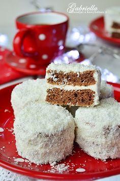 Gabriella kalandjai a konyhában :): Hólabda - Anyukám receptje szerint Krispie Treats, Rice Krispies, Vanilla Cake, Food And Drink, Xmas, Sweets, Drink Recipes, Pasta, Snacks