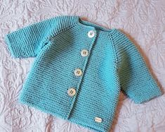61 Ideas Knitting For Kids Boys Garter Stitch For 2019 Knit Baby Dress, Knitted Baby Cardigan, Hand Knitted Sweaters, Baby Sweaters, Knitting For Kids, Baby Knitting Patterns, Crochet For Kids, Baby Patterns, Knit Crochet