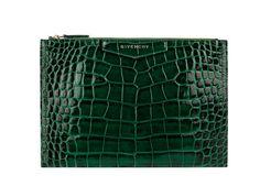 Givenchy pochette crocodile http://www.vogue.fr/mode/shopping/diaporama/cadeaux-de-noel-feu-vert/10977/image/652984#givenchy-pochette-crocodile