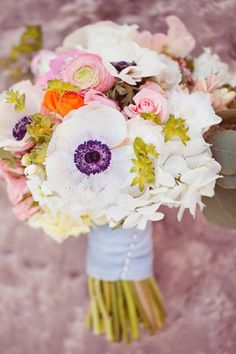 Gorgeous...especially that purple contrasted against the creamy white! #LillyPulitzer & #SouthernWeddings