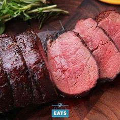 Prime rib may be our favorite beef roast, but there is a clear appeal to the more understated, elegant, meltingly tender beef tenderloin roast.