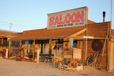 santa-fe-motel-and-saloon.jpg (550×368)