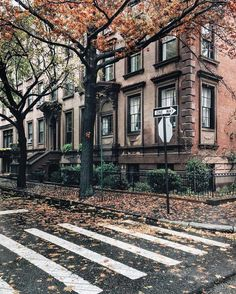 New house architecture city nyc ideas The Places Youll Go, Places To Go, Ville New York, Voyage New York, Brooklyn Heights, Autumn Aesthetic, City Aesthetic, Concrete Jungle, Beautiful Places
