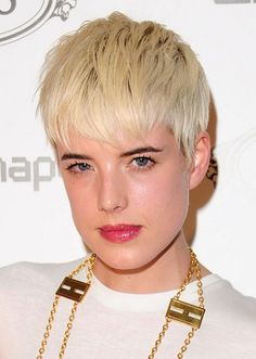 Agyness Deyn-Short Hairstyles for Fine Hair l www.sophisticatedallure.com