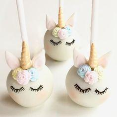 the Unicorns are sleeping! Cute Unicorn Cake Pops… Just don't eat … Bolo Minion, Unicorn Cake Pops, Unicorn Cakes, Unicorn Foods, Cute Desserts, Unicorn Birthday Parties, Savoury Cake, Cute Cakes, Cute Food