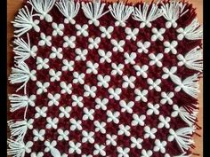 make awesome table mat,door mat,tv,laptop,dish tv cover (without crochet and salai) Loom Knitting Stitches, Loom Knitting Projects, Pom Pom Baby, Pom Pom Rug, Star Wars Baby, Loom Blanket, Woolen Craft, Tv Covers, How To Make A Pom Pom