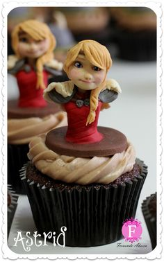 httyd-2-cupcakes-5