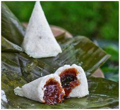 Indonesian Medan Food: Ombus - Ombus / Pohul- Pohul / Itak Gurgur