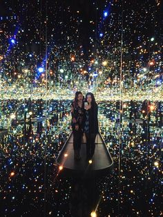 Yayoi Kusama: Infinity Mirrors — Those Who Wandr Washington Dc Art Museum, Infinity Mirror Room, Washington Dc Vacation, Hirshhorn Museum, Most Popular Artists, Yayoi Kusama, Cleveland Museum Of Art, Japanese Artists, Houses