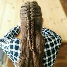 Suspended Infinitybraid into a fishtailbraid. Open Hairstyles, Kids Braided Hairstyles, Elegant Hairstyles, Pretty Hairstyles, Types Of Braids, Braids For Long Hair, Stylish Hair, Hair Dos, Bridal Hair
