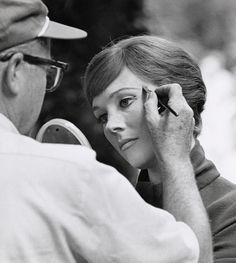 Behind the scenes - Julie Andrews in The Sound of Music