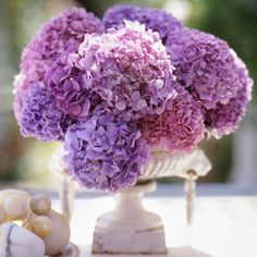 Centerpieces are simple when you use a single kind of flower! http://www.bhg.com/wedding/planning/wedding-budget-smart-ways-to-save/?socsrc=bhgpin112514bargaincenterpieces&page=9