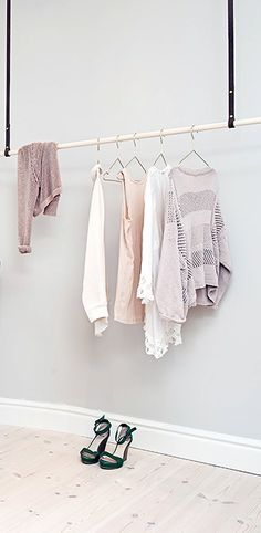 Via NordicDays.nl | Minimalistic Clothing Rack