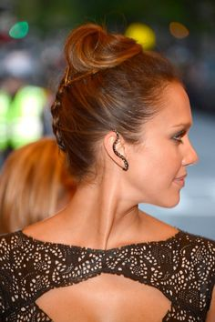40+ Braids to Inspire Your Summer Hairstyle: At the Critics Choice Awards, Jennifer Lawrence sported a piecey crown braid thats a fun, boho take on the style.: Jessica Alba's upside-down braid, which she wore at this year's Met Gala, is a fun and easy style to re-create.
