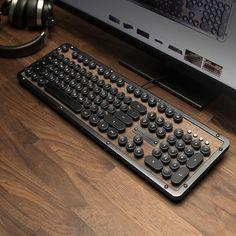 Unique Gifts for Everyone! Computer Desk Setup, Gaming Room Setup, Pc Setup, Retro Typewriter, Vintage Inspiriert, Home Office Setup, Vintage Typewriters, Clean Microfiber, Cool Tech