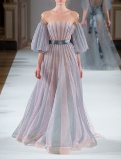 Yulia Yanina Spring 2016 Couture.