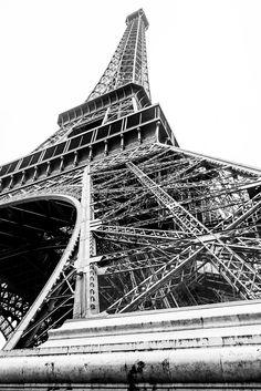 La Tour Eiffel, Paris www.fgawronski.com