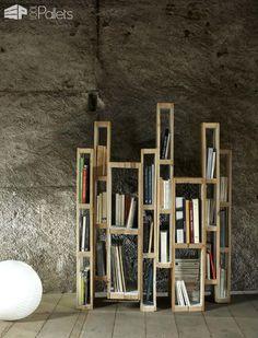 Design Bookshelf With Vertical Pallets Pallet Bookcases & Pallet Bookshelves Pallet Shelves & Pallet Coat Hangers