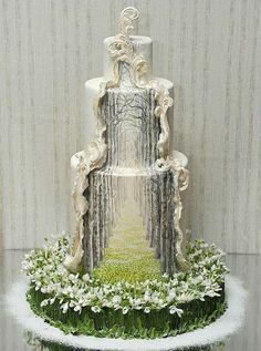 Premium Мастер-классы по украшению тортов Cake Decorating Tutorials (How To's) Tortas Paso a Paso Gorgeous Cakes, Pretty Cakes, Cute Cakes, Amazing Cakes, Amazing Wedding Cakes, Crazy Wedding Cakes, Cake Wedding, Unusual Wedding Cakes, Wedding Cake Cupcakes