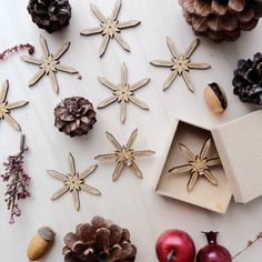 Wooden Snowflakes Card with Earrings 02 by VanesDay on Etsy Wooden Snowflakes, Snowflake Cards, Christmas Gifts, Gift Wrapping, Gift Ideas, Creative, Earrings, Handmade, Etsy