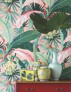 La Palma wallpaper/ wallcovering - feature wall - tropical palm tree wallpaper - banana leaves leaf jungle Hollywood green exotic - Pp jungle and co Vinyl Wallpaper, Jungle Wallpaper, Palm Wallpaper, Tropical Wallpaper, Latest Wallpaper, Amazing Wallpaper, Feature Wallpaper, Deco Miami, Home Theaters