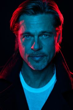 Brad Pitt for El País magazine 🍇 Brad Pitt, Color Photography, Portrait Photography, Iron Man Movie, Photo P, Don Juan, Gq Magazine, Pitta, Peekaboo Highlights