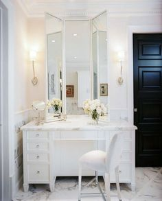 Need a vanity like this for master bath to do hair/makeup. Perfect!