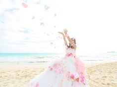 ハワイウェディング♡パラダイスコーブ クリスタルチャペル♡ hawaii wedding ♡ beachwedding ♡ ビーチウェディング ♡ フラワードレス ♡カラードレス ♡ 海外ウェディング ♡ リゾートウェディング ♡ フラワーシャワー ♡ bridal ♡
