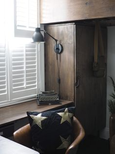 How Easy Is It To Install DIY Shutters? Let's find out by getting a 17 year old with no DIY skills to fit them. You'll be surprised just how easy it is! Cafe Shutters, Diy Shutters, Sash Windows, Small Bedrooms, A 17, Decorating On A Budget, Good Night Sleep, Space Saving, Blinds