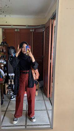autumn date outfit Hijab Fashion Summer, Modern Hijab Fashion, Street Hijab Fashion, Hijab Fashion Inspiration, Muslim Fashion, Casual Hijab Outfit, Casual Outfits, Fashion Outfits, Ootd Hijab