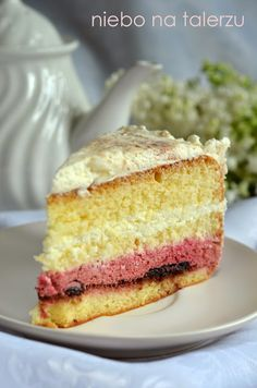 Cake with fruit. Sponge cake with cream and fruit mousse. - the sky on the plate Dessert Bread, Sponge Cake, Food Cakes, Vanilla Cake, Mousse, Cake Recipes, Sandwiches, Cheesecake, Food And Drink