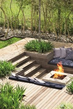 Fire Pit Design Idea For More Attractive – Best Outdoor Fire. - Fire Pit Design Idea For More Attractive – Best Outdoor Fire. Sunken Fire Pits, Diy Fire Pit, Fire Pit Backyard, Deck With Fire Pit, Sunken Patio, Garden Fire Pit, Cozy Backyard, Fire Pit With Seating, Patio Fire Pits