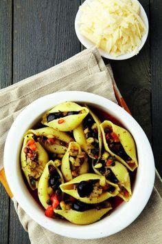 Pastaliefhebber? Dan zijn de speels gevulde pastaschelpen uit 'Veggie voor starters' perfect voor jou. Lees het recept hier: www.wpg.be/dagenzondervlees11