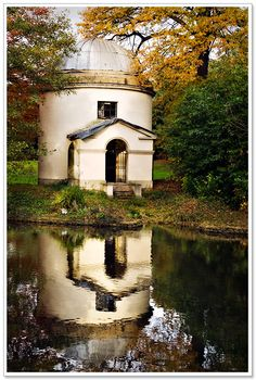 Chiswick House Gardens #gardendesign #england
