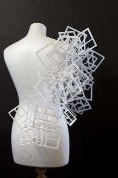 architectural Helen Stewart, thinking large scale, geometric forms, maybe use more building materials or grey colours. Geometric Fashion, Geometric Jewelry, Geometric Designs, Geometric Shapes, Design Textile, Paper Fashion, Body Adornment, Ex Machina, Higher Design