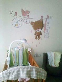 Pintura infantil pared bebe