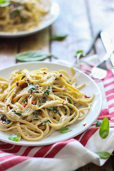 Creamy Sun-Dried Tomato and Spinach Pasta