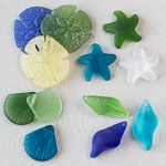 An Assorted Mix of 25 Sea Glass Large Beach Pendants