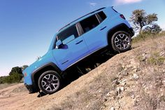 Renegade Latitude 4x4 has four Drive Modes to select from depending upon the challenges of the road or trail