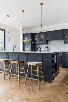 Best Wood Floor Ideas Kitchen To Beautify Your Kitchen Room 12