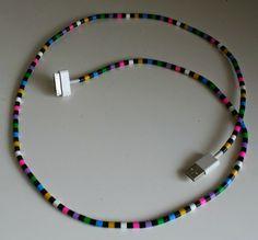 Kotikolmio: DIY: on sillä mittaa....Päällystä laturinjohto hamahelmillä