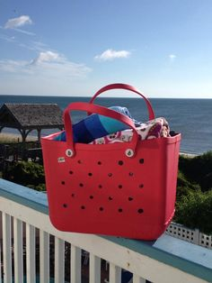 Bogg bag beach bag - Bogg bag LOVES OBX! #boggbag #bestbeachbagever #obx #summer Best Beach Bag, Baseball Mom, Bag Accessories, Purses, Summer, Fun, Bags, Handbags, Handbags